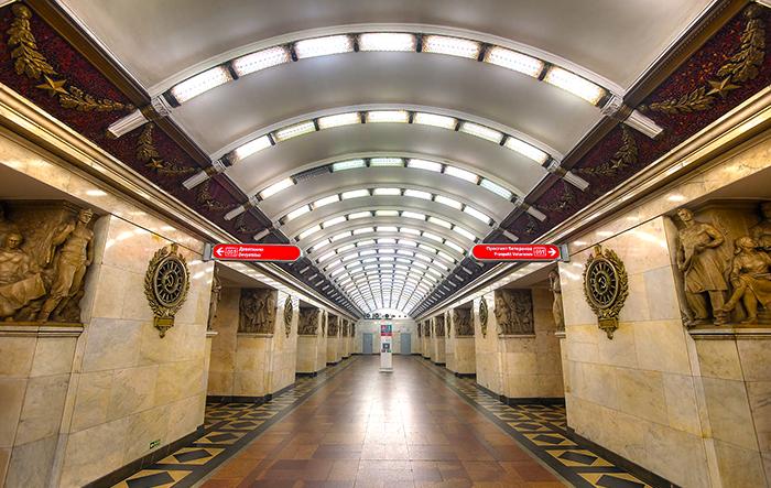метро Балтийская в Санкт-Петербурге