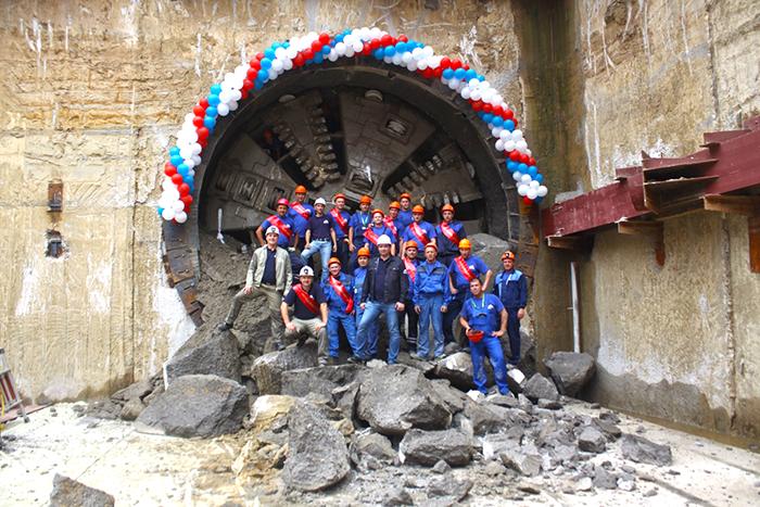 Первый тоннель для станции метро Стрелка прорыла ТПМК Татьяна