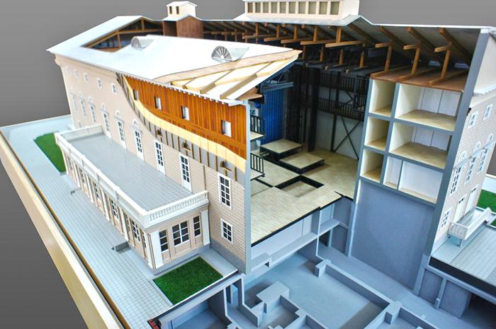 Макет реконструкции театра
