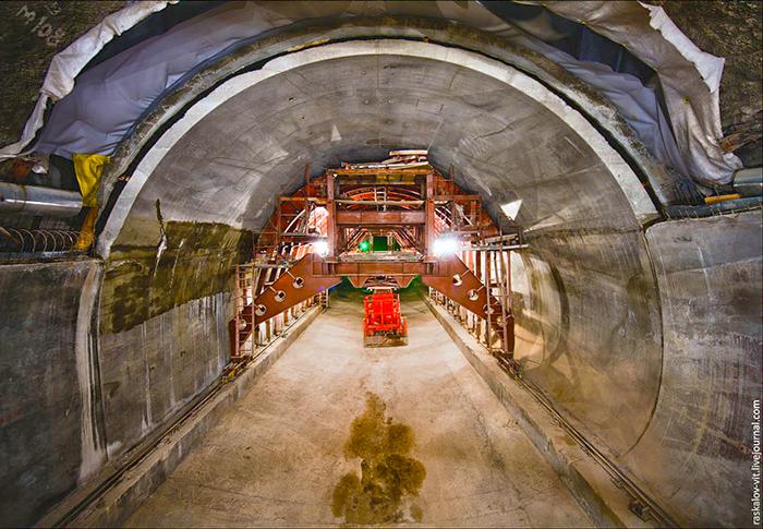Портал автодорожного тоннеля в Уфе