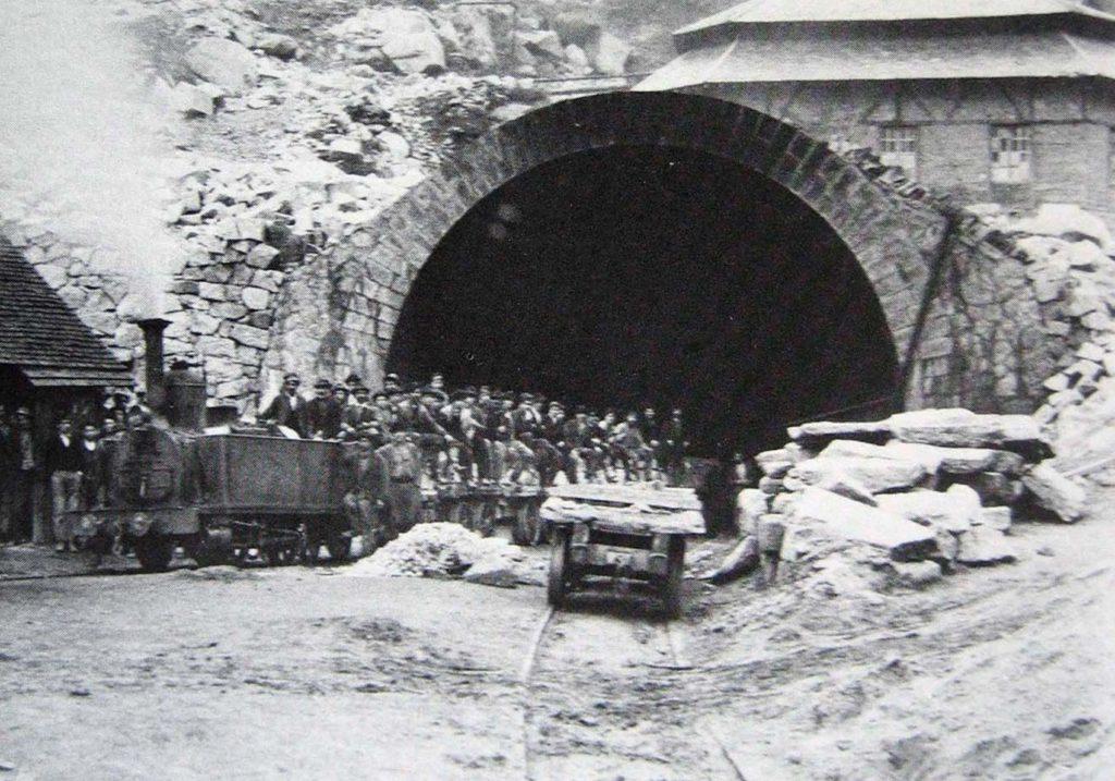 1888 год - окончание строительства Сен-готардского тоннеля