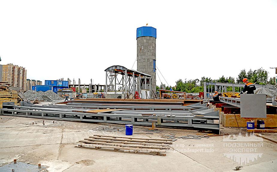 Строительная площадка метро Юго-Западная