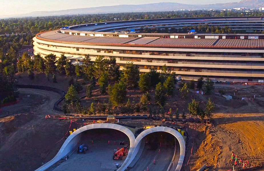 Apple Campus construction