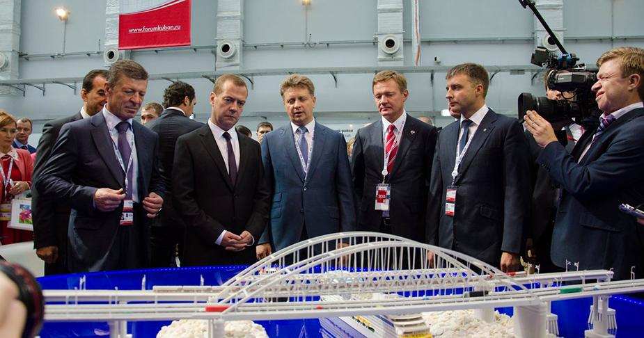 Медведев проект Керченского моста