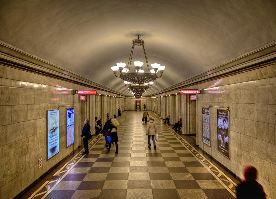 Станция метро Владимирская