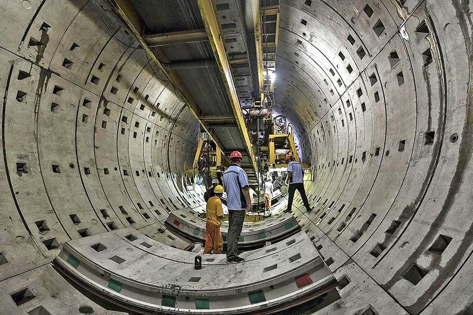 Строительство метро Шанхая