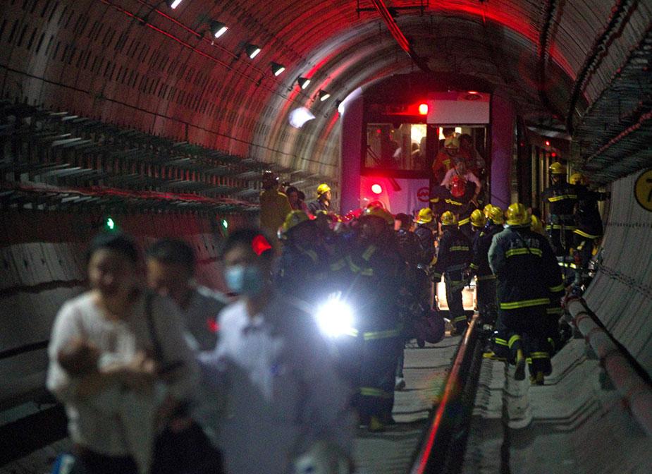 Авария в китайском метро