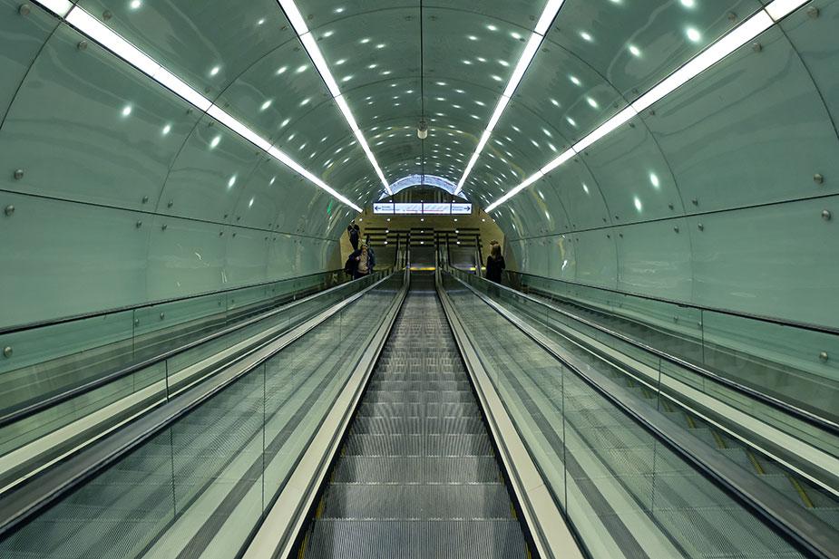Эмкалатор варшавское метро