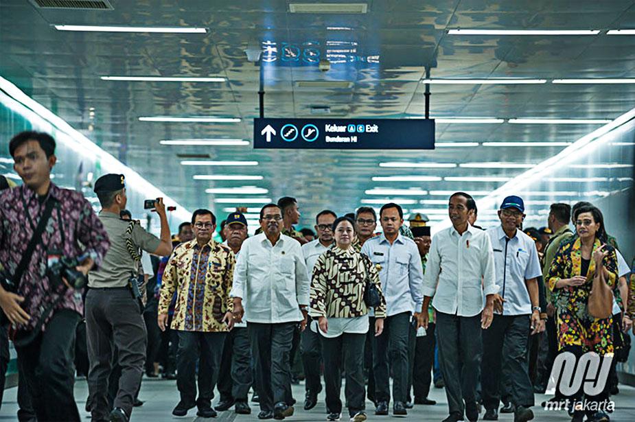 Президент Индонезии на открытии MRT в Индонезии