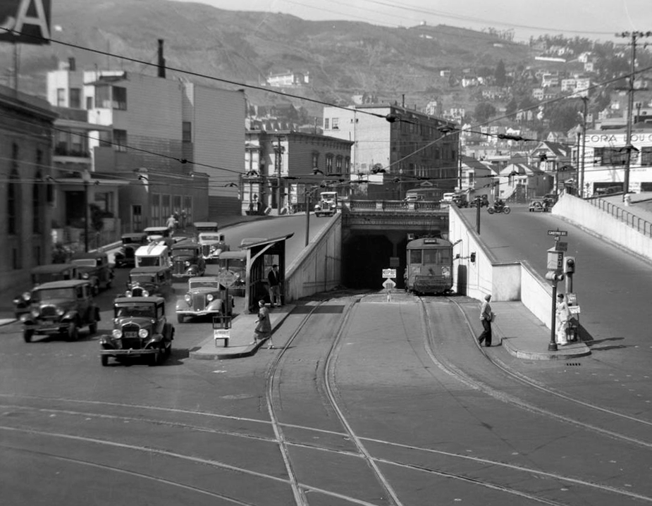 San Francisco Twin Pisk Tunnel