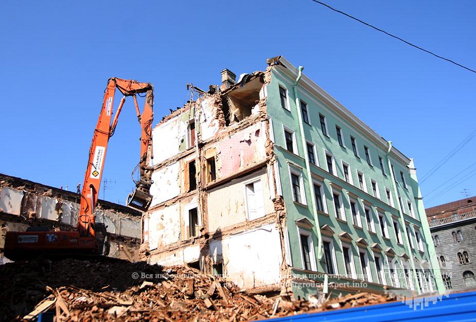 Снос здания для станции Адмиралтейская