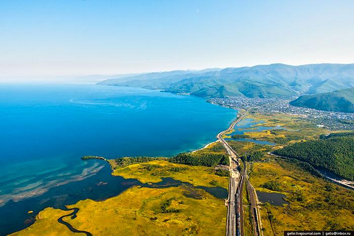 Озеро Байкал панорама