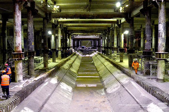 Тоннель станции новокрестовская