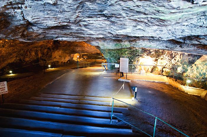 Пещера Езекии
