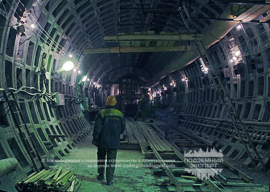 Строительство подходного тоннеля станции Большой проспект