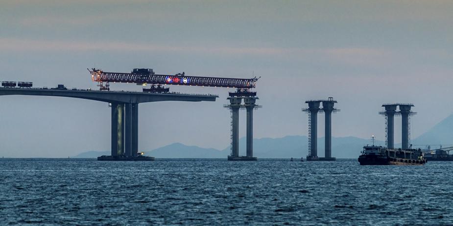 Строительство моста hzmb
