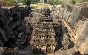 Пещерные храмы Индии