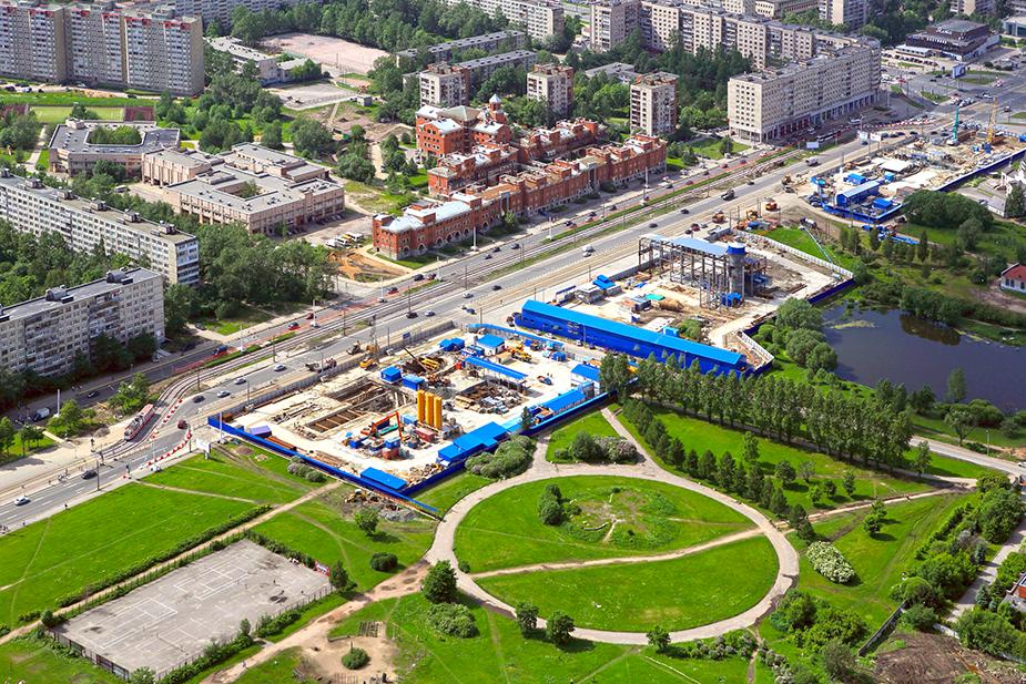 Строительная площадка метро «Проспект Славы» в Санкт-Петербурге