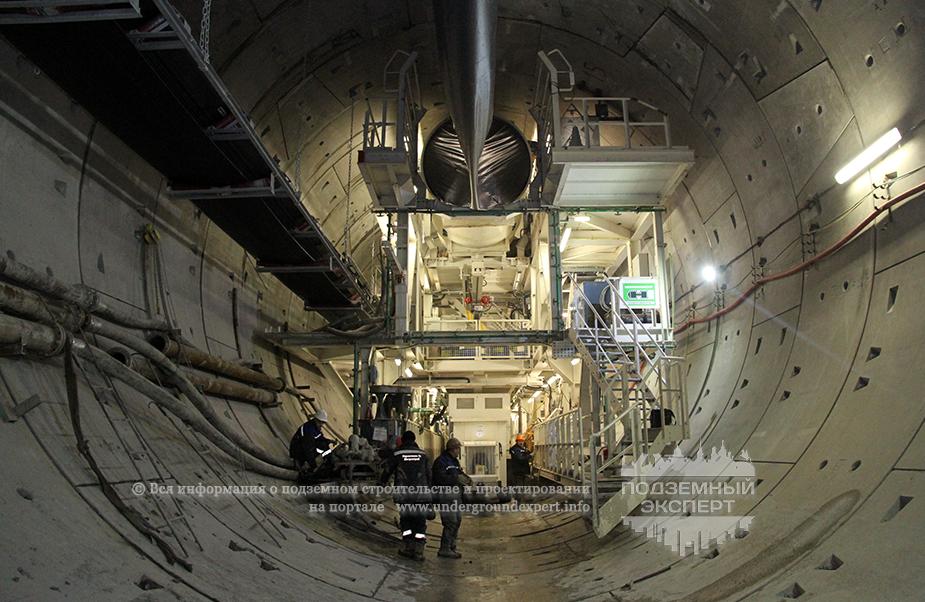 Строительство двухпутного тоннеля
