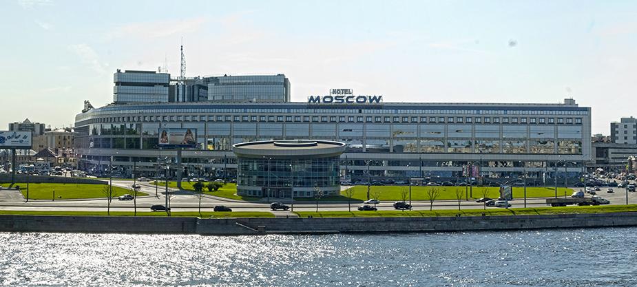 Синопская набережная в Санкт-Петербурге